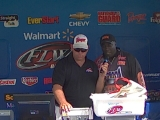 Tommy Robinson weighs in at the BFL Lake St. Clair 2012-06-23